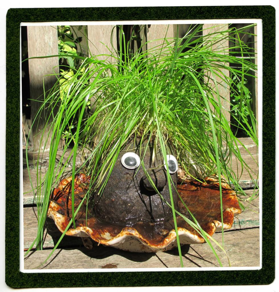 Grasshead-button-E